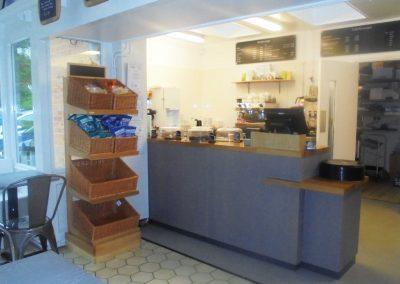 2 SBT ANNE CAFE
